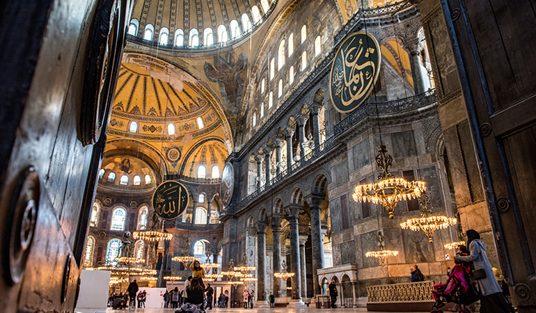 Hagia Sophia Museum - Istanbul Tour Studio – Istanbul Guide